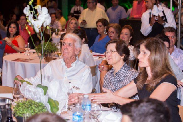 Família Fernandes durante o Leilão Elite Grama & Convidados