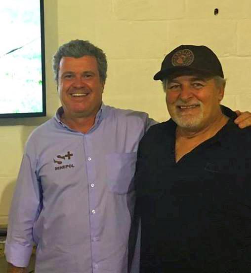 Um dos participantes da palestra de Jr Fernandes no ES foi Ronald Chaves (dir.), pai da dupla Victor & Leo.